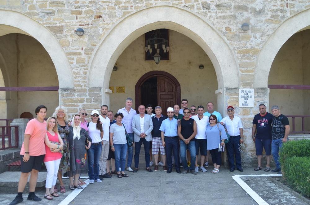 Gemlik Heyeti Romanya'da cami ve türbe ziyaret etti