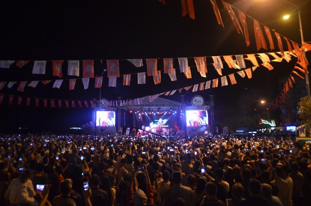 Gemlik'te on binler festival coşkusuna ortak oldu