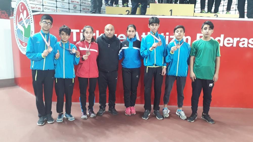 202001271023_belediyespor'dan-atletizmde-ulusal-başarı.jpg