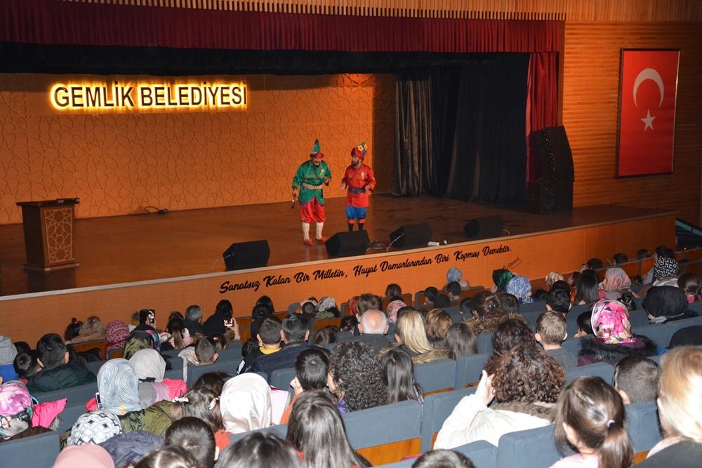 202001271024_çocuklar-festivalde-eğleniyor-(3).jpg