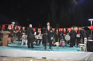 Bölge Parkı Türkülere Doydu