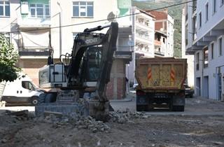 İki mahallede taş parke çalışması