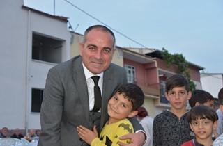 EŞREF DİNÇER MAHALLESİNDE İFTAR BULUŞMASI