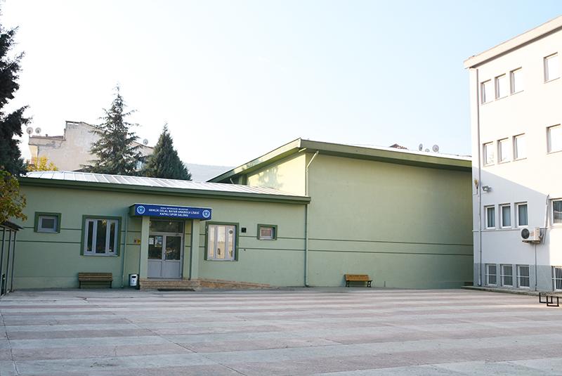 Celal Bayar Kapalı Spor Salonu